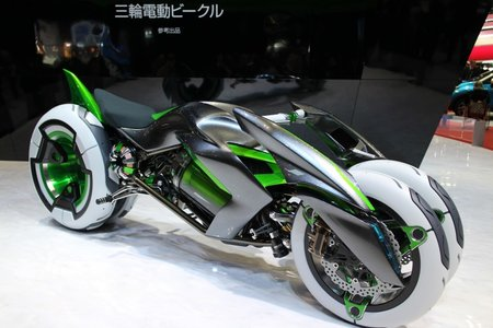 Kawasaki J makes three-wheeled bikes look amazing