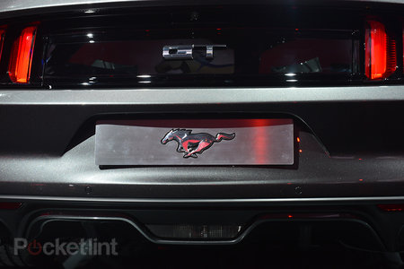 Ford Mustang GT 2015 coming to the UK: Pictures and eyes-on - photo 6