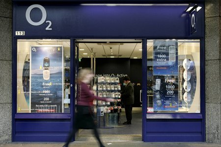 O2 streamlines 4G tariffs, offers 1GB of data for just £17 a month