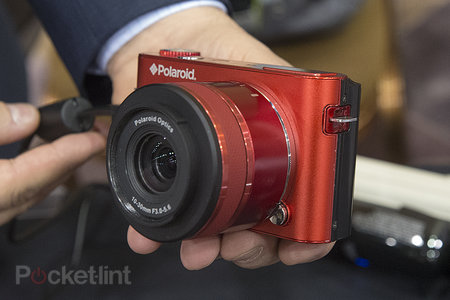 Polaroid Android iM1836 interchangeable lens camera pictures and hands-on - photo 1