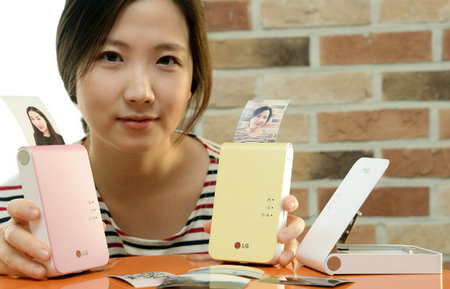 LG unveils Pocket Photo 2, letting you print photos from your smartphone