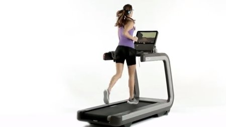 The Technogym treadmill controlled by Google Glass