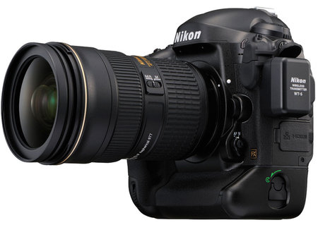Nikon D4S flagship camera is at CES 2014