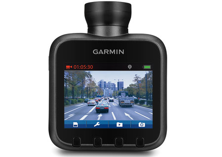 Garmin HD Dash Cam automatically detects potential crashes to record them