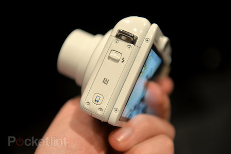 Hands-on: Canon PowerShot N100 goes whacky with front and rear cameras - photo 3