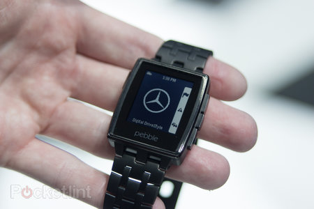 Hands-on with Mercedes Pebble and Mercedes Google Glass app - photo 2
