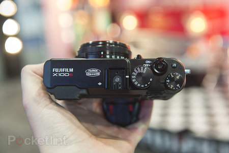 Fujifilm X100S Black pictures and hands-on - photo 4