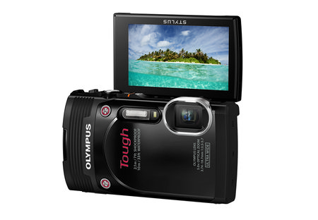Olympus Stylus Tough TG-850 is the first waterproof compact camera to add a tilt-angle screen - photo 2