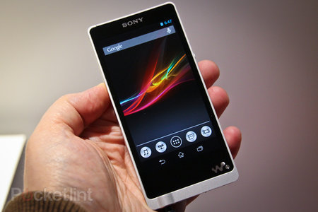 Sony Walkman NWZ-ZX1 pictures and hands-on: The High-Res Audio player that costs £550