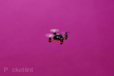 World's tiniest quadcopter, the Nano Quadcopter, takes to the skies (video) - photo 2