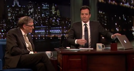 Awkward: Jimmy Fallon forgets to hide MacBook before interviewing Bill Gates