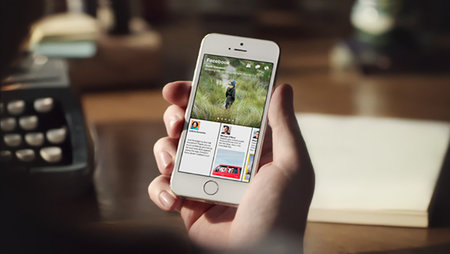 Facebook's Paper app for iPhone takes aim at Flipboard