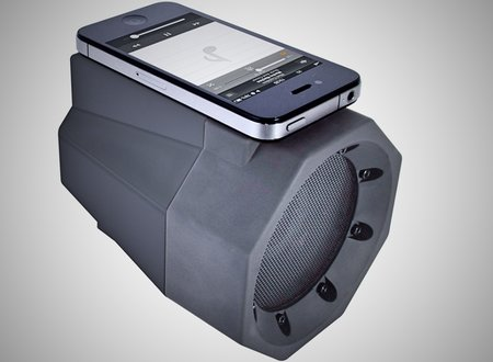 Wireless BoomBox speaker for smartphones delivers amplifed sound with a single touch for £25 - photo 1