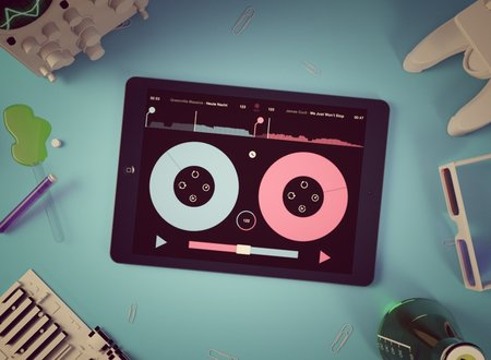 Pacemaker for iPad lets Premium Spotify users mix, scratch and record tracks