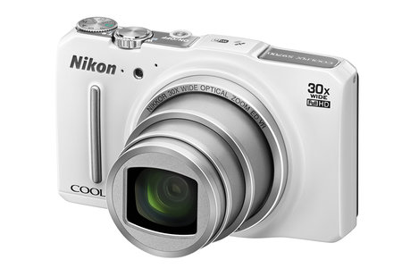 Nikon Coolpix S9700 travel zoom packs in 30x lens
