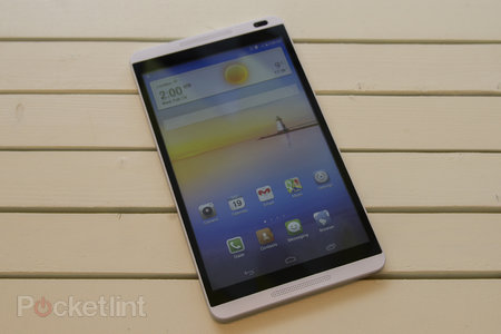Huawei MediaPad M1 8-inch tablet entertains with HTC One looks