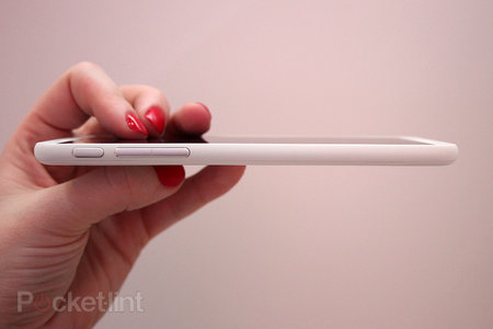 HTC Desire 816 pictures and hands-on, distinct lack of capacitive buttons noted (updated) - photo 7