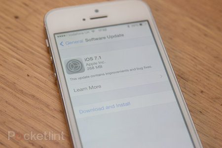 Apple releases iOS 7.1 with CarPlay, visual tweaks, and more