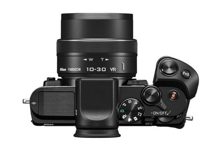 Nikon 1 V3 focuses on small scale, makes viewfinder an optional accessory
