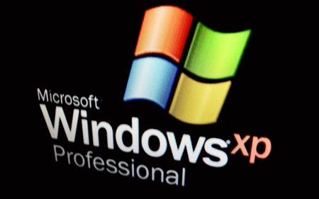 Still using Windows XP? Microsoft begins $100 deal to get you on Windows 8.1