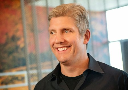 Motorola names Rick Osterloh as new leader while Lenovo buyout finalises
