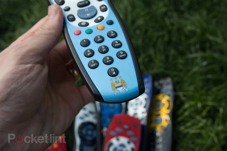 Sky+ HD footy remotes pictures and hands-on: Liverpool, Chelsea, Man City - who will win the title? - photo 7
