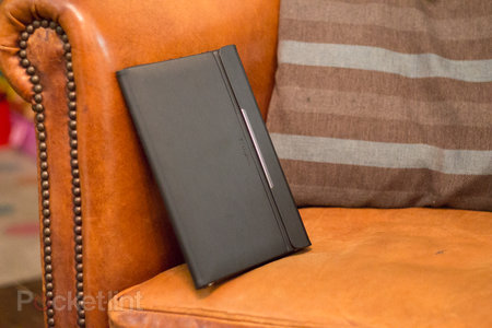 Hands-on: Logitech Turnaround case for iPad Air review