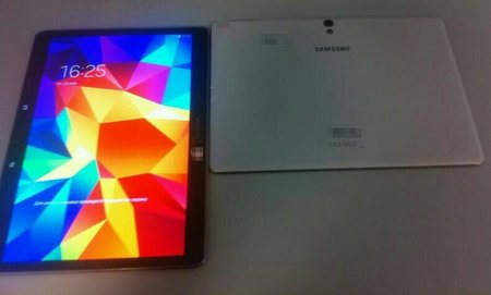 Samsung Galaxy Tab S photo leak shows AMOLED screen