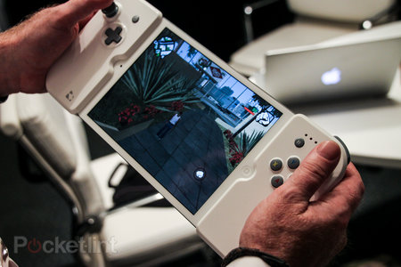 Want to turn your iPad mini into a giant PS Vita? Now you can with the Gamevice