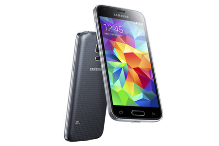 Samsung Galaxy S5 mini arrives: fingerprint reader, HR sensor, Ultra Power Saving Mode, IP67 dust and water resistance