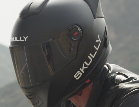 Skully AR-1 smart motorcycle helmet now up for preorder, costs as much as Google Glass
