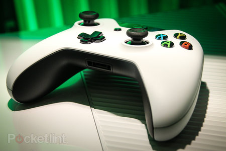 Sunset Overdrive white Xbox One and Call of Duty: Advanced Warfare limited edition Xbox One in the flesh - photo 4
