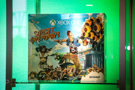 Sunset Overdrive white Xbox One and Call of Duty: Advanced Warfare limited edition Xbox One in the flesh - photo 6