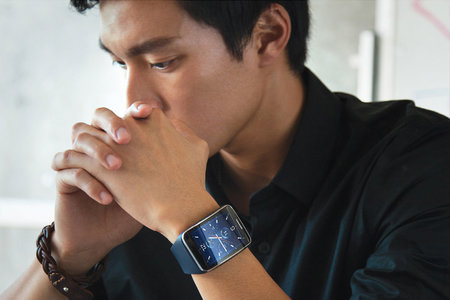 Samsung Gear S smartwatch surprisingly unveiled before IFA, curved display and 3G connectivity