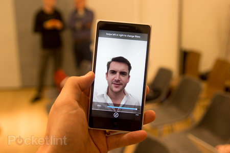 Nokia Lumia 735: Can I get a selfie? (hands-on)