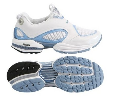 Reebok Pump 2 running trainers