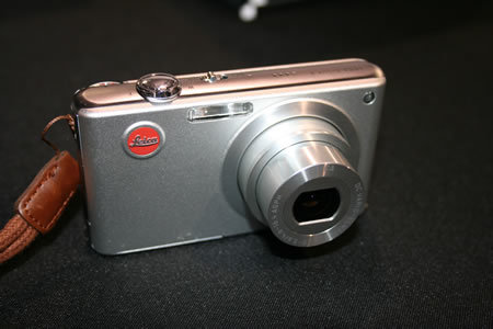 FIRST LOOK: Leica C-LUX 2