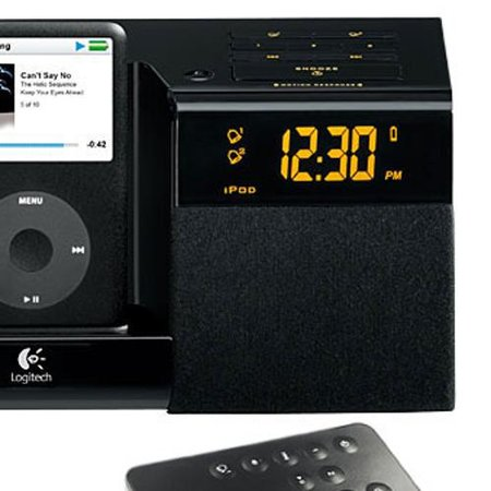 Logitech Pure-Fi Anytime iPod dock and radio