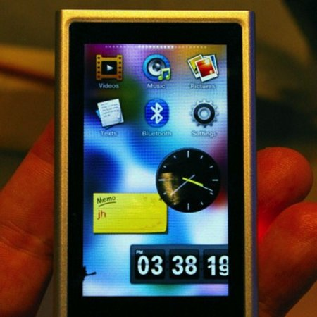 Samsung P3 MP3 player - First Look