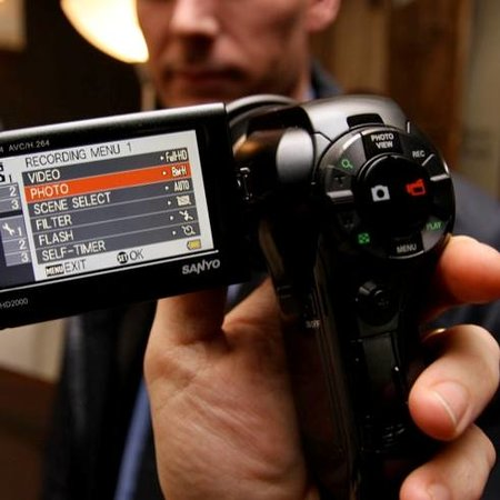 Sanyo Xacti VPC-HD2000 camcorder - photo 1