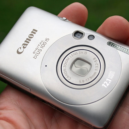 Canon IXUS 100 IS digital camera review