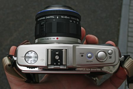 Olympus Pen E-P1 - First Look review - photo 2
