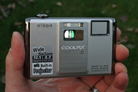Nikon Coolpix S1000pj digital camera