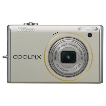 Nikon Coolpix S640 compact camera   review