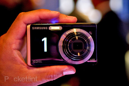 Samsung ST550 compact camera