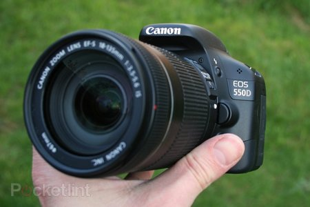Canon EOS 550D DSLR camera   review