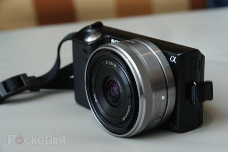 First Look: Sony NEX-5 digital camera