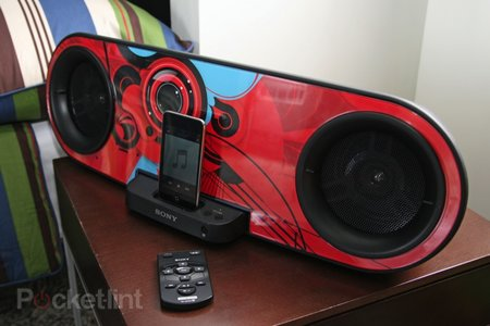 Sony RDH-SK8iP iPod dock   review - photo 3