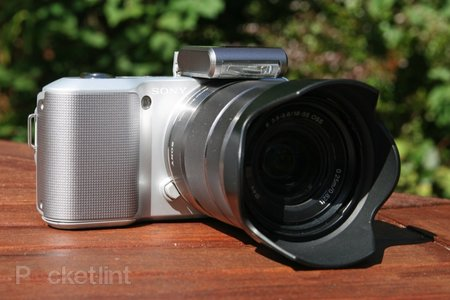 Sony Alpha NEX-3   - photo 2