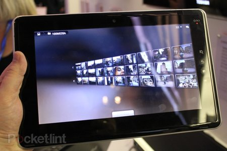 First Look: Toshiba Folio 100 - photo 4
